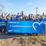 Félszáz Samsung SDI munkavállaló takarított Göd utcáin